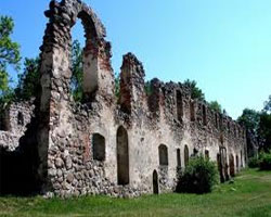 Сохранились ли в Латвии замки XIV века?